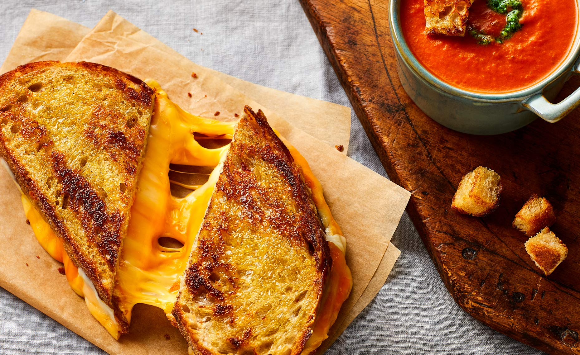 Grilled_Cheese-crumbs_2